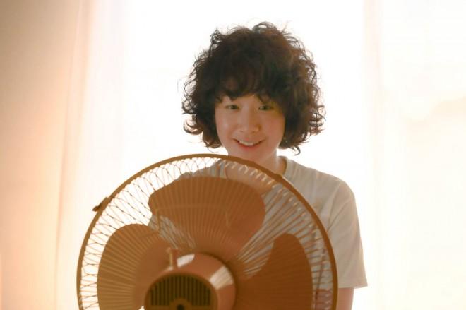 凪のお暇 黒木華 髪型