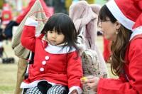 大黒摩季がアンバサダーに、2018年に行われた『東京グレートサンタラン 2018』の模様