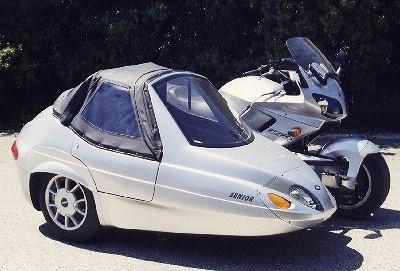 さまざまな種類があるサイドカー 写真提供/ブリストルドックス