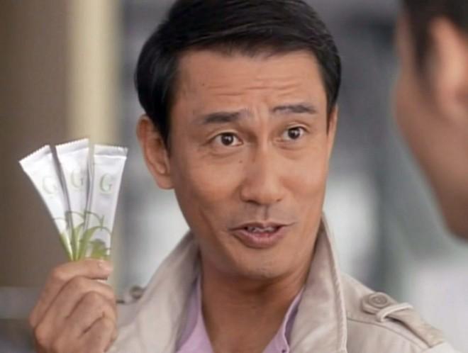 2011年放送『ミキGシックス新しい習慣』篇。ミキプルーンかと思ったら緑色!