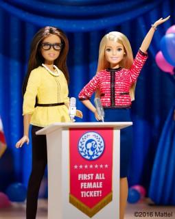 2016年に発売された、大統領候補バービー