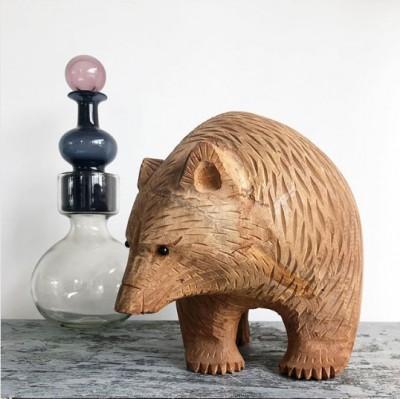 木彫り熊はインテリアとして飾ってもとってもオシャレ ※画像提供:東京903会Instagram(@tokyo903)