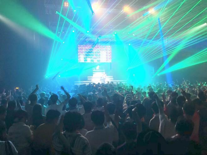 今年10月5日開催された第5回となる『Anime Rave Festival vol.5』は、Zeppダイバーシティを満員にした
