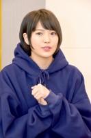 三阪咲インタビューの様子