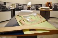 ジョン・F・ケネディ舞台芸術センター(アメリカ・ワシントンDC)/アメリカを代表する建築家スティーブン・ホール氏による建築模型(建築倉庫ミュージアム『Steven Holl:Making Architecture』より)