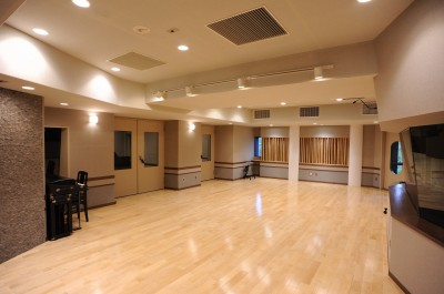 大阪の自社スタジオ 写真提供/USEN
