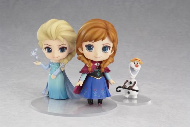 ねんどろいど『アナと雪の女王』のエルサとアナ(C)Disney