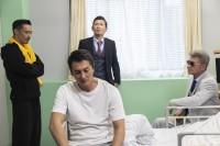 氷室(本宮泰風)が病室に…いったい何が… 『日本統一37』より