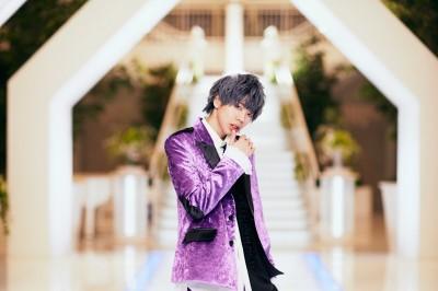 ライブ中に突然聞かされたデビュー話に「いやまさか!」と驚いた、成瀬暉
