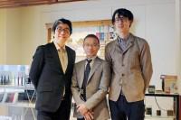 (写真左から)荒木隆史さん、古越雅之さん、黒髪祥さん