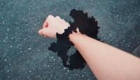 琵琶湖に腕を通して「滋賀県のブレスレット」…めちゃめちゃ痛いそう