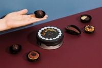 ショコラ缶「美味しそうなチョコレートケーキにスウィートな気持ちを。」