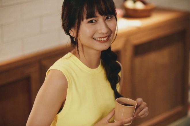 ロン・モンロウ(栗子)出演の『C COFFEE』より