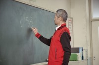 SMBC?興証券WEB動画『おしえて!イチロー先生』場面カット