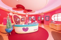 ミニーマウスのかわいらしい世界観が楽しめるスタジオ内観