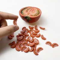 カットトマトの赤ちゃん