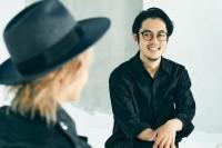 『映画 えんとつ町のプペル』でタッグを組んだ(左から)HYDEとキングコング・西野亮廣