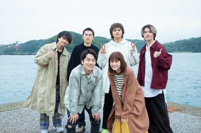 ドラマ「猫」メインキャストとDISH// (C)「猫」製作委員会