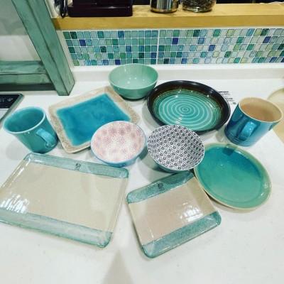 大好きなミントブルー、グリーン色の食器 画像提供:やまサンタさん