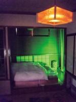 【茨城県】カーホテル恋路 一般家庭のような瓦屋根・和室・電灯