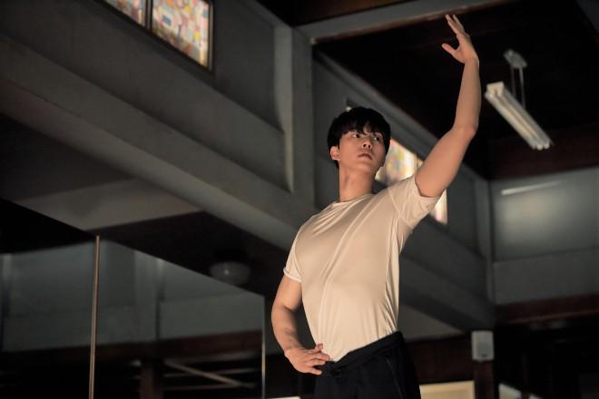 ソン・ガン Netflixオリジナルシリーズ『ナビレラ −それでも蝶は舞う−』独占配信中