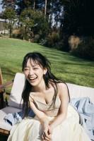堀未央奈卒業記念フォトブック『いつのまにか』誌面カット