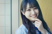 オフショット写真集『日向撮VOL.01』を発売した日向坂46・潮紗理菜