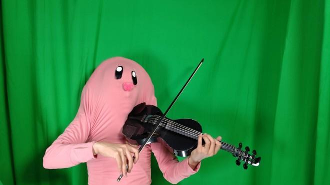 ゲームの効果音&BGMをバイオリンで表現する「バイオリン侍おっくん」 画像提供:バイオリン侍おっくん