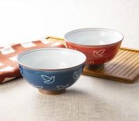 100周年 波佐見焼茶碗セット ハト柄 1,650円(税込)