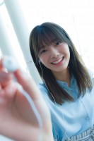 櫻坂46・田村保乃1st写真集『一歩目』先行カット