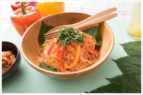 彩り野菜の春雨サラダ