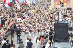 DJや鼓笛隊、九州地方のゆるキャラも参加