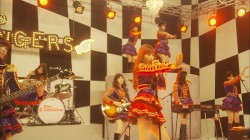 AKB48『小嶋陽菜が初センター! 抜てきの心境&新曲の魅力に迫る』