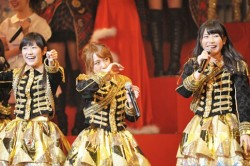 国立決定がサプライズ発表された『第3回AKB48紅白歌合戦 』時の模様