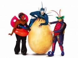 """シルク・ドゥ・ソレイユ最新作は、""""昆虫世界""""がテーマの『OVO』 Photo : OSA Images Costumes : Liz Vandal c 2009 Cirque du Soleil"""