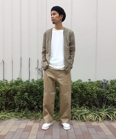 「ベンタイル」のワイドチノパンツ9800円(税抜)