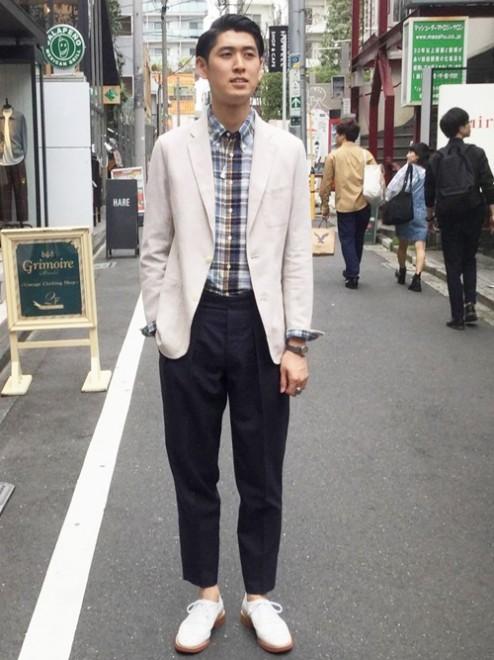 「セラードアー」のタックパンツ2万3000円(税抜)