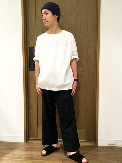 「コーナーウェア×シップス デイズ」のシャツ地Tシャツ1万1000円(税抜)