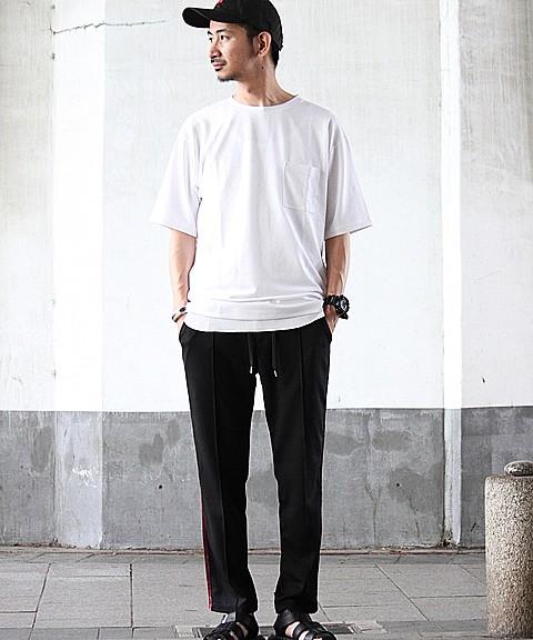 「ジャーナル スタンダード レリューム」のTシャツ5500円(税抜)