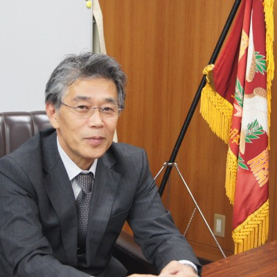 神戸学院大学附属高等学校の八田康弘校長