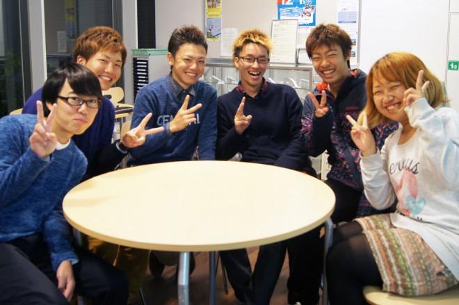 「エコシビル部」の(左から)横野翔大さん、内山昌哉さん、大槻航平さん、小野裕基さん、兼久卓也さん、萩原麻樹さん