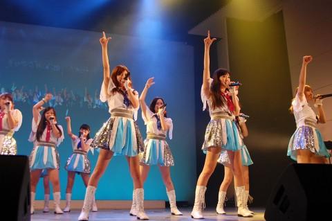ファンの迷惑行為が問題となったアイドリング!!! (写真は2013年撮影)(C)ORICON NewS inc.