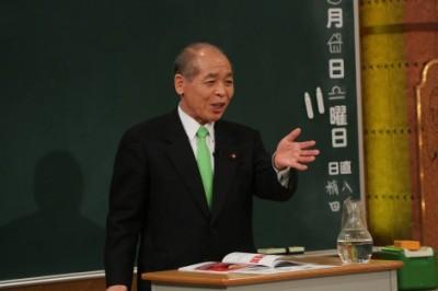 """政治家の鈴木宗男氏が""""ハウス問題""""を懺悔"""