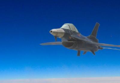 Ojimak氏がデザインした、3D紙飛行機の「F-2B 戦闘機」