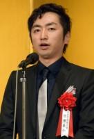 """""""『火花』じゃない""""ほう、羽田圭介氏 芸人顔負けのキャラに注目"""