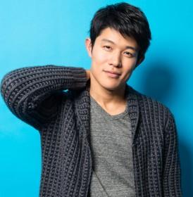 鈴木亮平インタビュー『女の子スイッチをオン?内面はわりと女性っぽい(笑)』