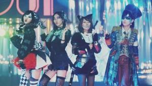 AKB48の41stシングル「ハロウィン・ナイト」MVより(写真左から宮脇咲良、松井珠理奈、高橋みなみ、山本彩)
