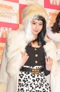 『ViVi Night in TOKYO 2015〜HALLOWEEN PARTY〜』前の囲み取材に出席した河北麻友子