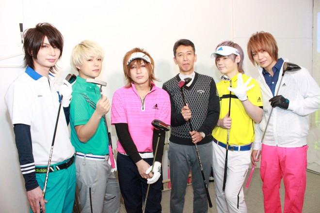 DaizyStripperと川口先生(左からRei、まゆ、夕霧、川口先生、