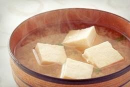 食感の良さで人気の豆腐のみそ汁
